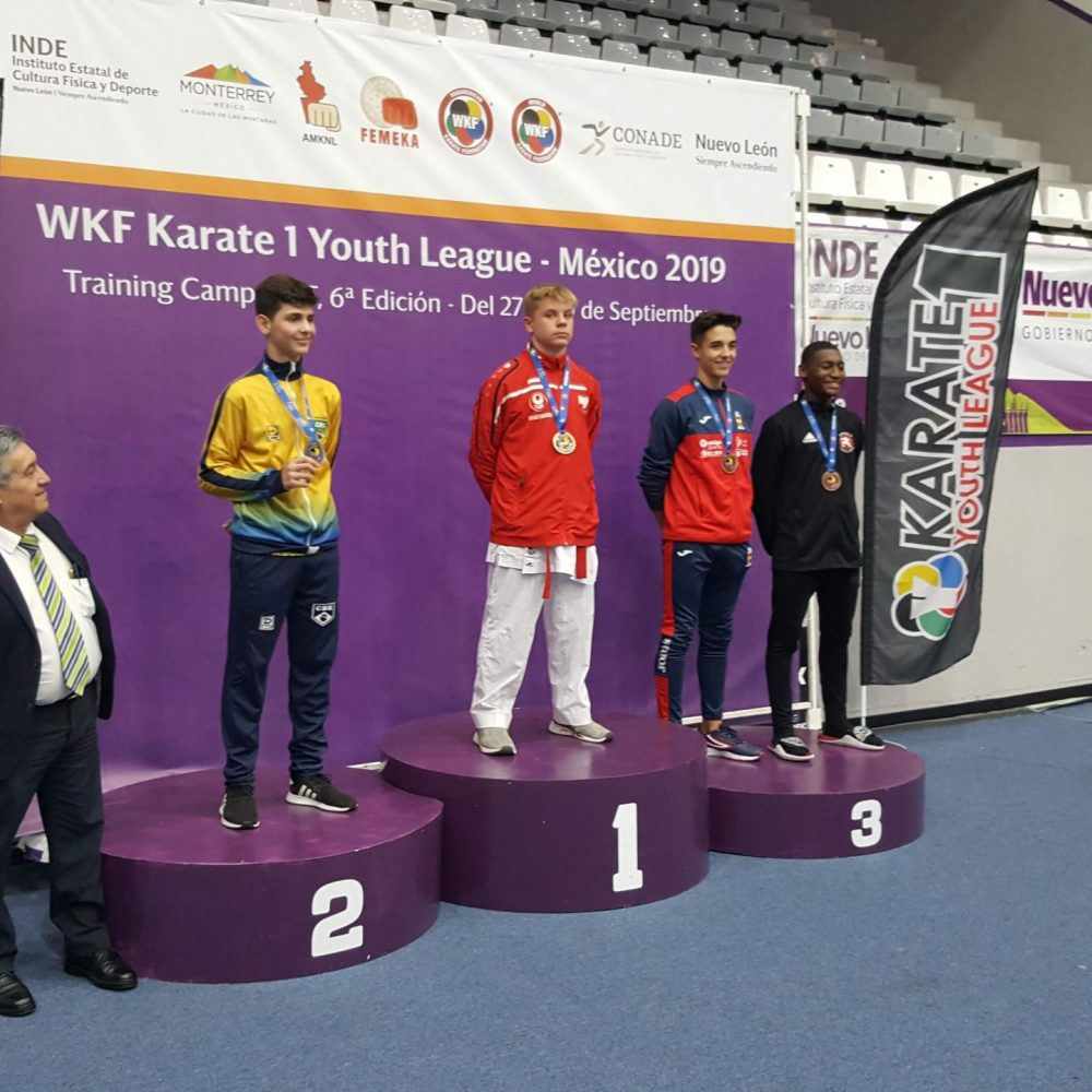 2 x Edelmetall bei WKF Karate 1 Youth League Mexiko